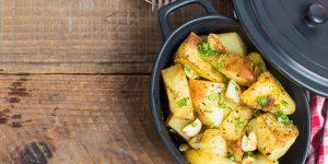 Platos de cuchara con patatas.