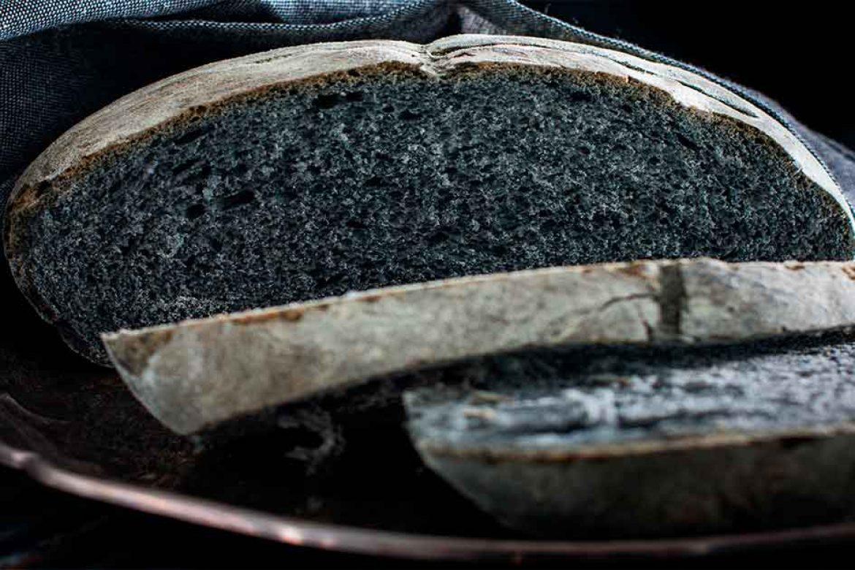 Comida con carbón activado. La última tendencia en cocina.